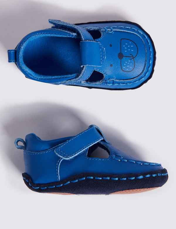 8ba7e625afb8 Baby Leather Riptape Pram Shoes