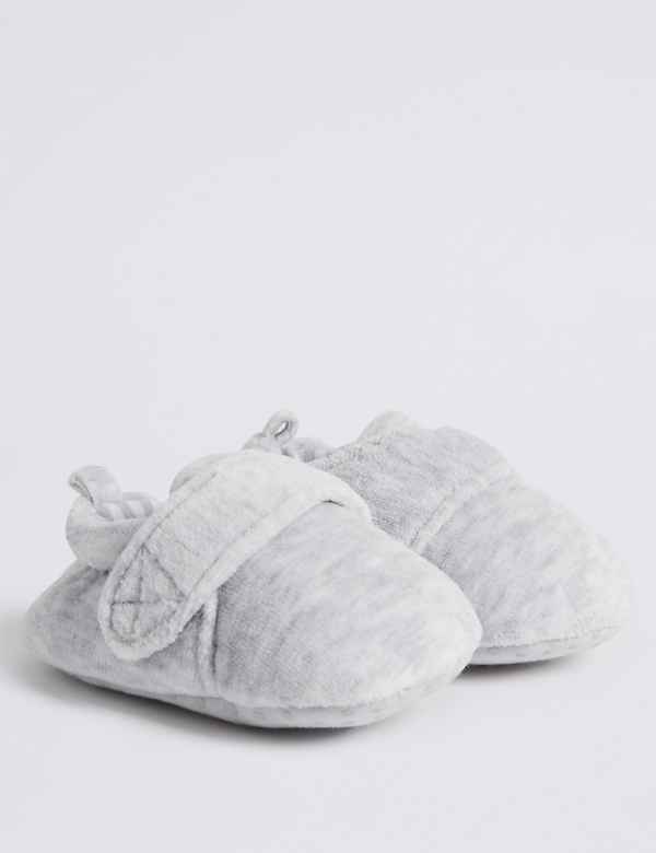 5f871d09e Boys Shoes Boots and Slippers | M&S