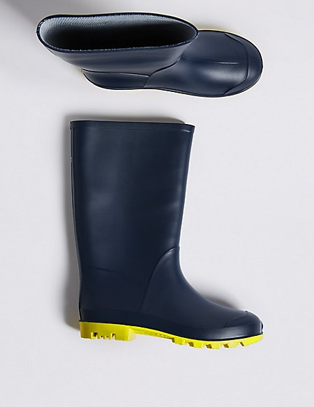 Kids' Wellies (13 Small - 6 Large)