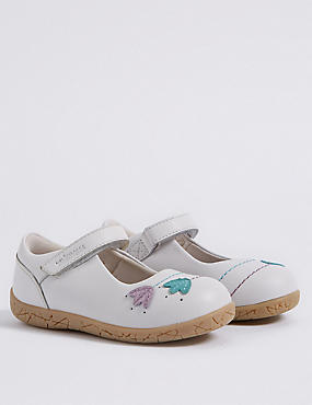 Kids' Walkmates™ Cross Bar Shoes (4 Small - 11 Small)