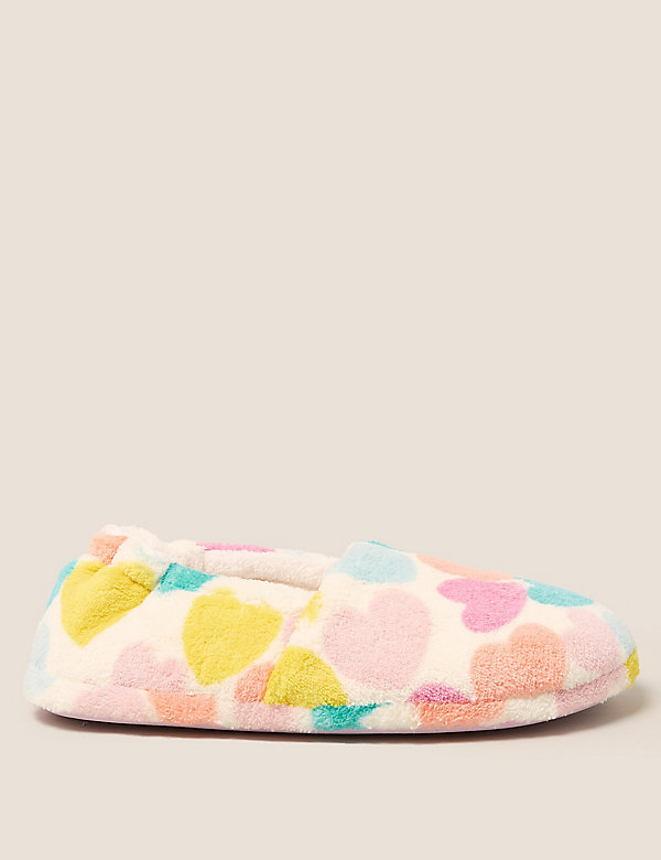 Kids' Heart Slippers (13 Small - 6 Large)