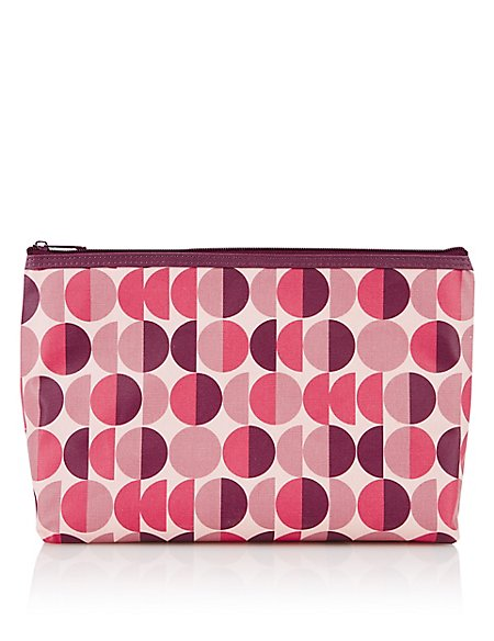 Geometric Design Wash Bag