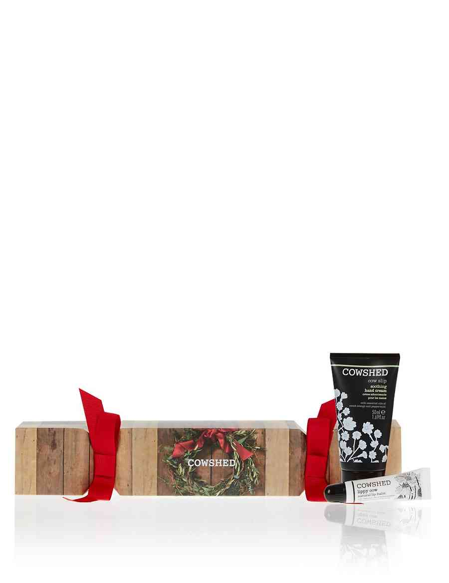 Christmas Cracker Gift Set   Cowshed   M&S