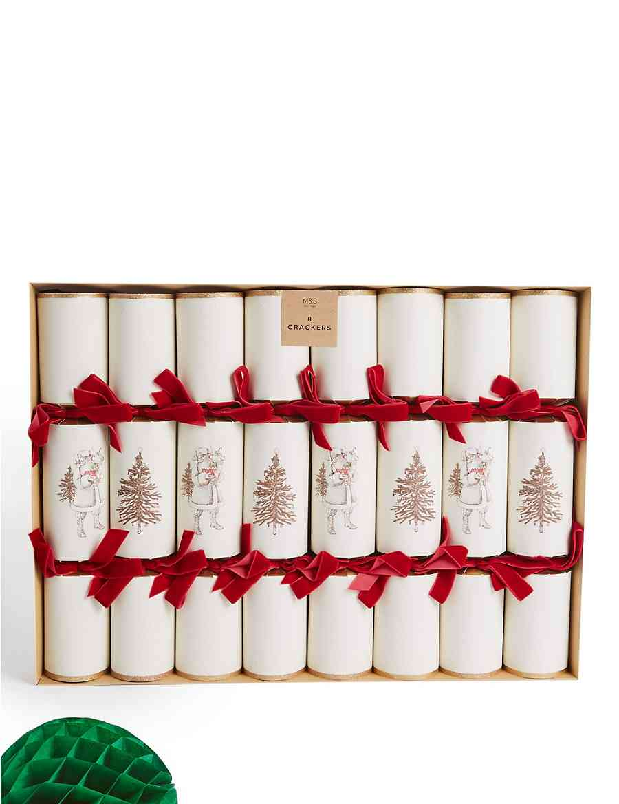 Traditional Santa Luxury Christmas Crackers Pack of 8 | M&S