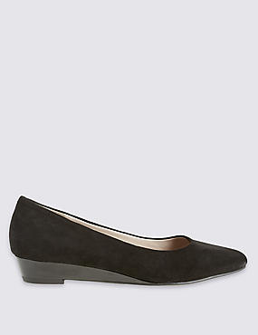 Suede Wedge Pump Shoes