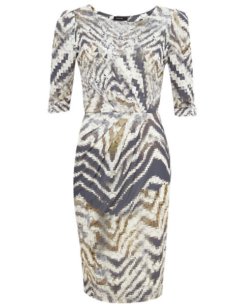 Abstract Print Pleated Shift Dress