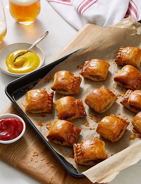 Davidstow Cheddar & Bacon Handcrafted Sausage Rolls (12 Pieces) - (Last Collection Date 30th September 2020)