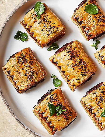 Handcrafted Smokehouse Pulled Pork Sausage Rolls (Serves 8)