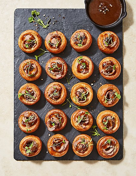 Mini Beef-Filled Yorkshire Puddings (20 Pieces)