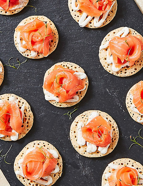 Salmon Blini Kit (20 Pieces)