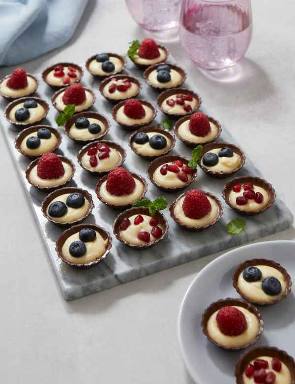 Desserts & Cheese | Cakes, Cheese Selections & Tarts | M&S