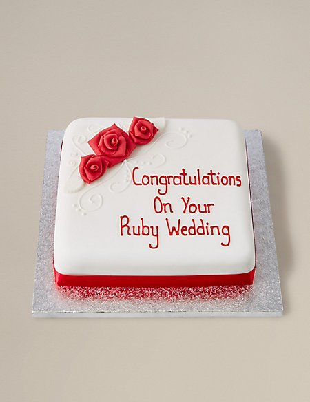 Personalised Classic Red Rose Fruit Cake (Serves 44)