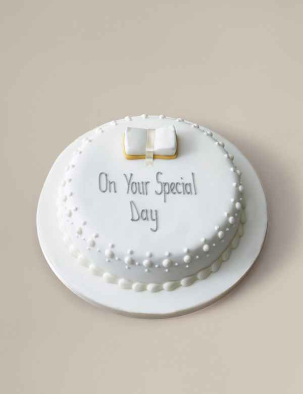 Personalised Communion Cake Serves 30