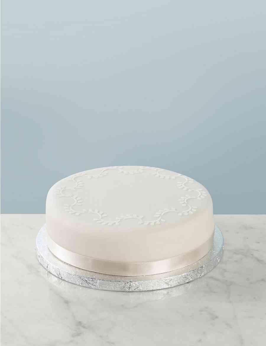 Traditional Wedding Cake Medium Tier Serves 16 24 Ms Premium Blueberry Cheese 20cm