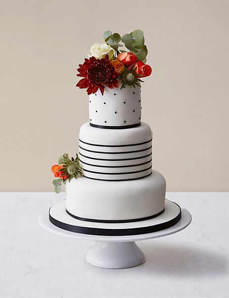 Black Vogue Wedding Cake - Assorted Flavours (Serves 100)