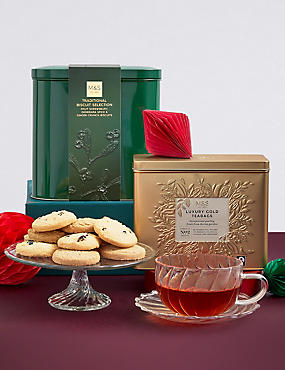 Christmas Family Biscuit and Tea Selection