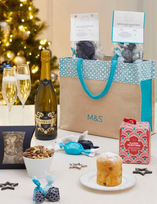 Christmas Hamper Ideas.Christmas Hampers Luxury Xmas Food Gift Baskets M S