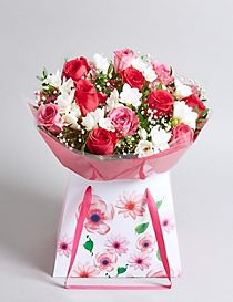 Mother's Day Rose & Freesia Gift Bag (Free Delivery from 23-28 March)