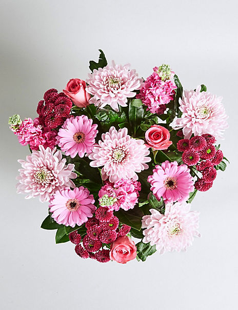 Mother's Day Bouquet with Free Chocolates Worth £6
