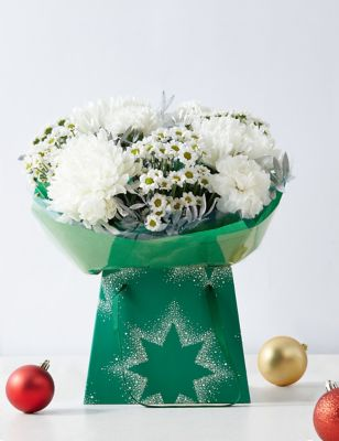 Frosty White Flower Gift Bag 2500