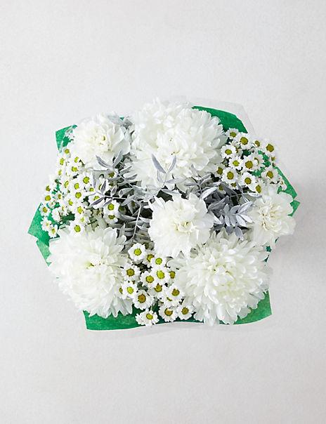 Frosty White Flower Gift Bag