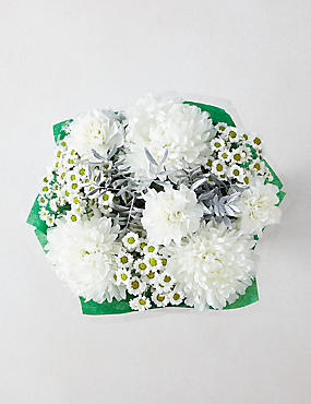 Frosty White Flower Gift Bag (Available for delivery from 14th Nov 2018)