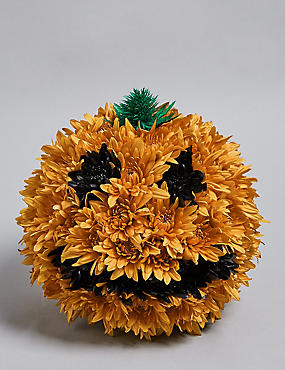 Peter Pumpkin Flower Arrangement (Available for delivery from 23rd Oct 2018)