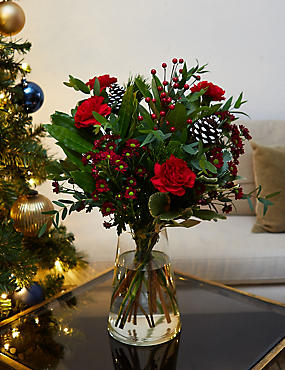 Winter Wonderland Bouquet (Available for delivery from 22nd November 2018)