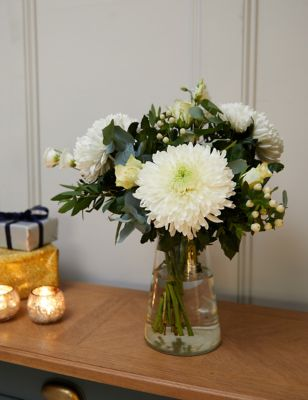 White Christmas Bouquet 3500