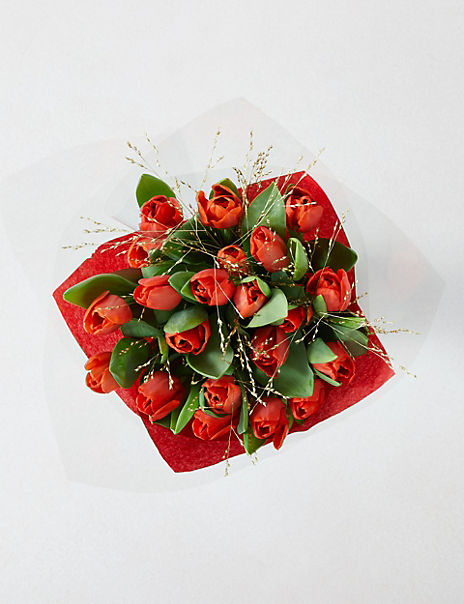 Christmas Tulip Bouquet – 25% Extra free stems