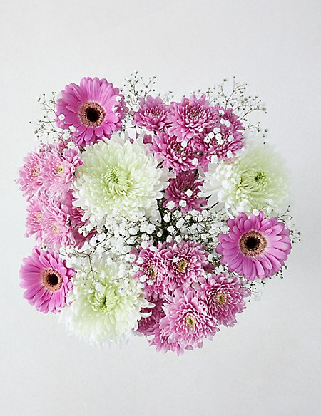 Pretty Mum Chrysanthemum Bouquet (Available for delivery from 26th March 2019)