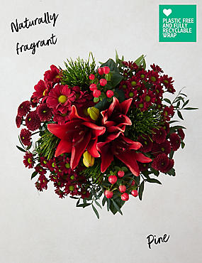 Christmas Traditions Bouquet (Available for delivery from 4th Dec 2018)