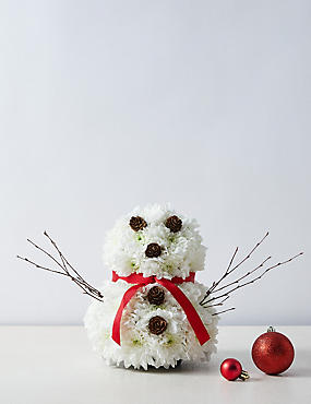 Christmas Pudding Table Arrangement