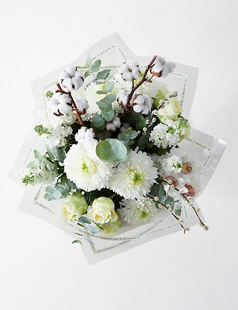 The Collection Majestic White Bouquet