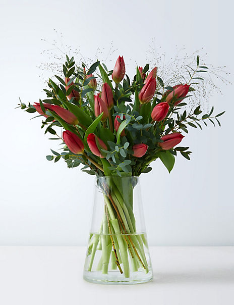 Valentine's Tulip Letterbox Gift (Delivery from 10th February 2020)