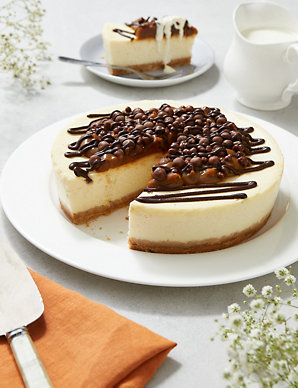 Salted Caramel Topped Cheesecake Serves 14