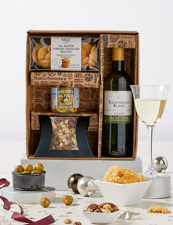 Sauvignon Savouries Gift Set M S