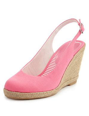 Round Toe Wicker Wedge Court Shoes
