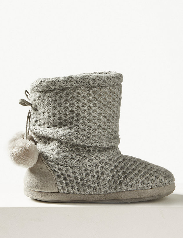 Marks /& Spencer Bootie Slippers    FREE POST  M/& S Slippers Brand New