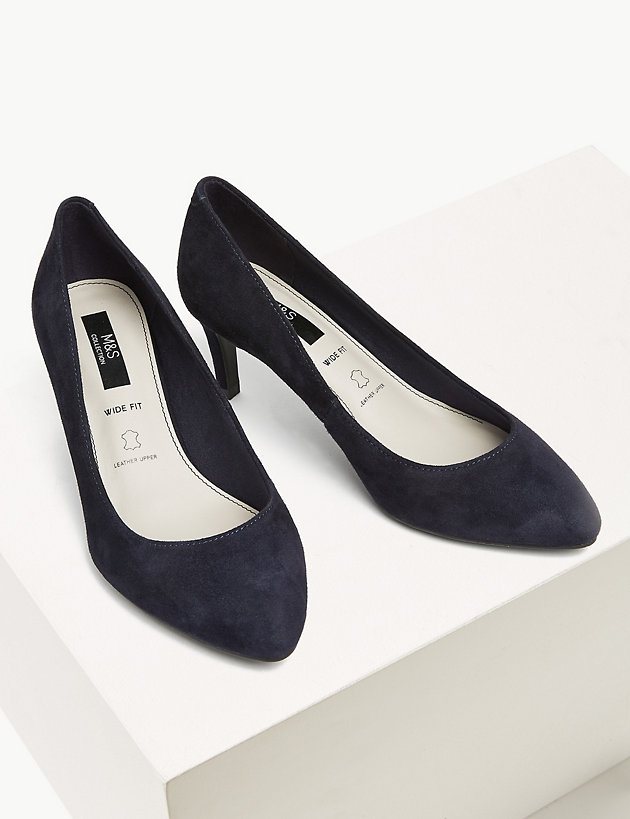 M/&S Real SUEDE High Front STILETTO Heel COURT SHOES ~ Size 7 WIDE ~ Black