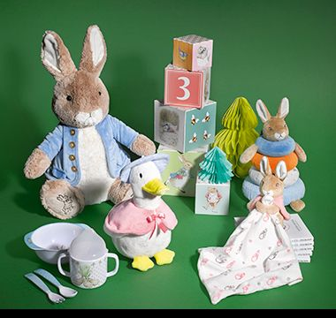 Peter Rabbit toys, children's cutlery, sippy cup, building blocks and comforter