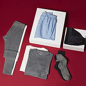 Various men's underwear items including boxer shorts, thermal underwear, socks and briefs